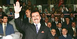 Muhsin Yazıcıoğlu ölüm yıldönümünde anılıyor!