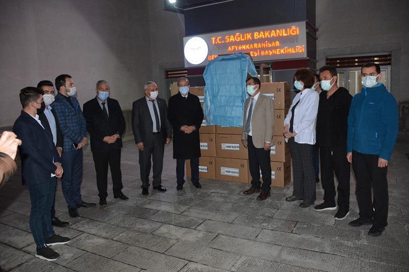 2021/01/1609666669_bashekimlerden,_milletvekili_taytak'a_ve_baskan_Cakmak'a_tesekkuer_(3).jpg