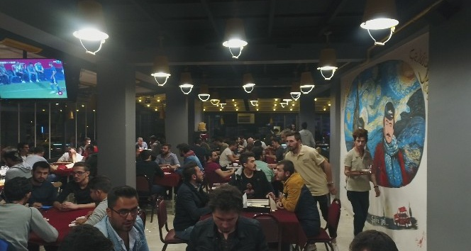 AFYON'DAN DOĞAN ÇEKİRDEK CAFE, TÜRKİYE'YE YAYILIYOR