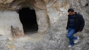 DOĞU ROMA DÖNEMİNDEN KALAN GİZLİ KİLİSE, İLGİNÇ ÖZELLİKLERİYLE ŞAŞIRTIYOR