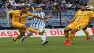 AFJET AFYONSPOR, DEPLASMANDA ADANA DEMİRSPOR'A 1-0 YENİLDİ