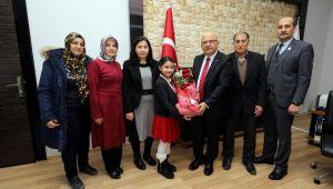 ŞEHİT PİYADE ÜSTEĞMEN SAMİ ÇİFCİ'NİN AİLESİNDEN BAŞKAN ÇOBAN'A ZİYARET