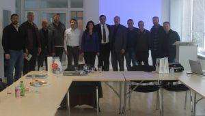 AFYONLU İŞADAMLARI ALMANYA'DA BMW FABRİKASINI ZİYARET ETTİ