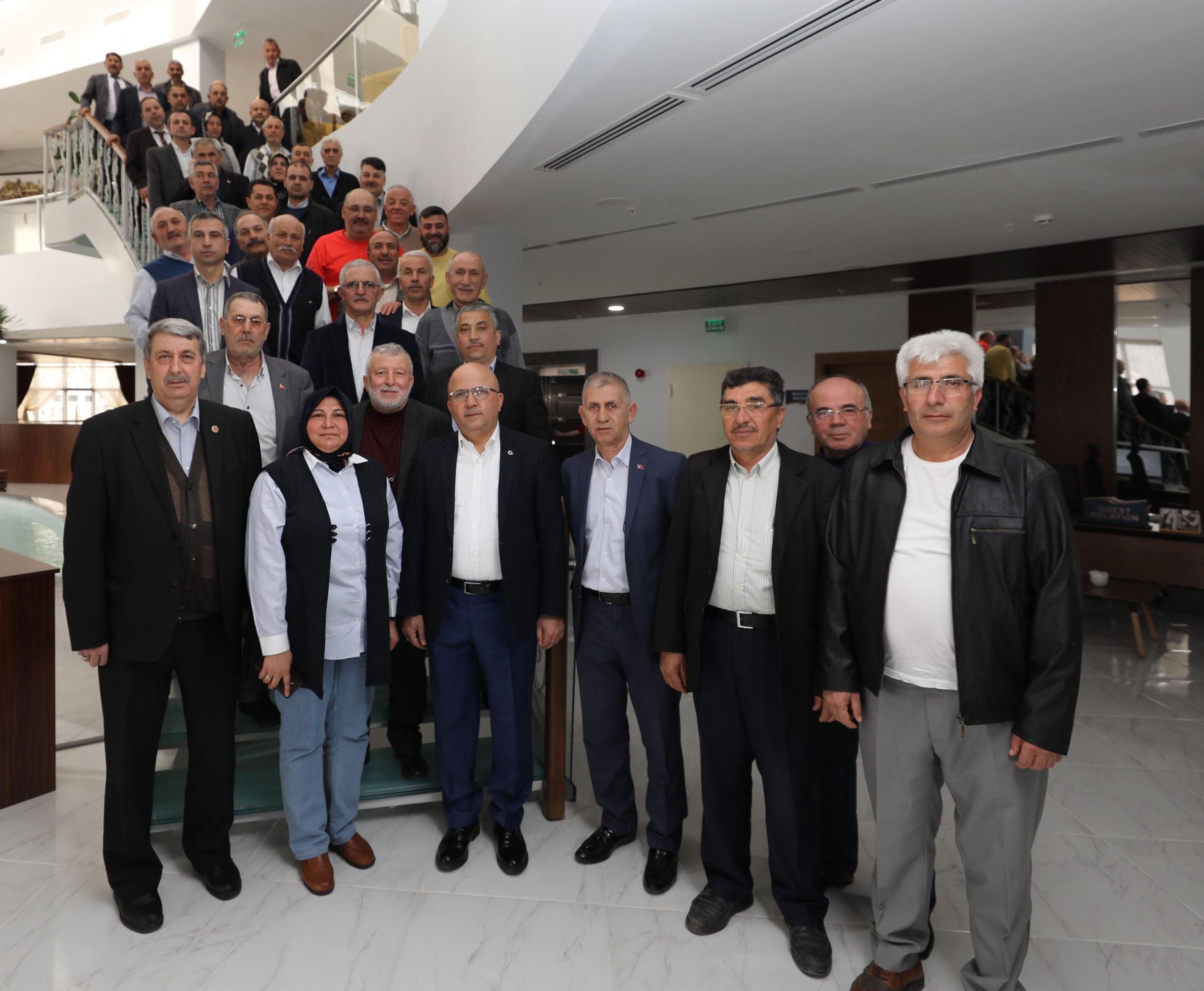 BAŞKAN ÇOBAN MAHALLE MUHTARLARI İLE BİR ARAYA GELDİ
