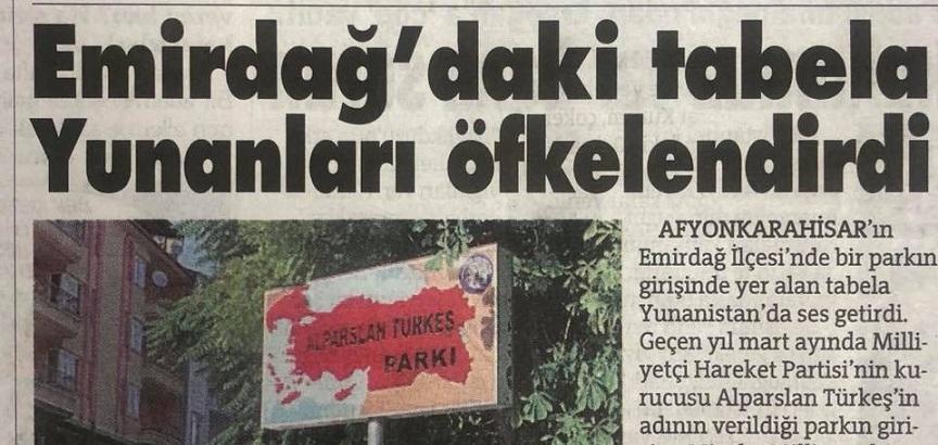 EMİRDAĞ'DAKİ TABELA YUNANLILARI KIZDIRDI!..