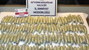 AFYON POLİSİ, LPG TANKI İÇİNDE 126 PAKET ESRAR MADDESİ ELE GEÇİRDİ