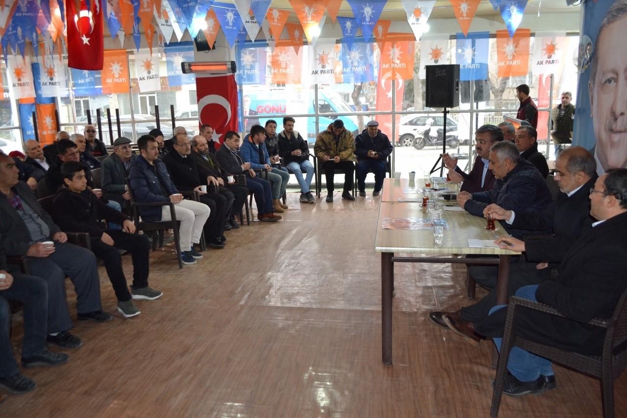 YURDUNUSEVEN, VATANDAŞLARLA İSTİŞARE TOPLANTISINDA BİRARAYA GELDİ