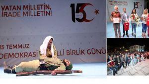 """""""BENİM ADIM TÜRKİYE"""" KONULU TİYATRO OYUNU ZAFER MEYDANI'NDA SAHNELENDİ"""