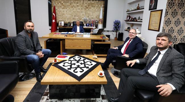 BELEDİYE BAŞKANI ZEYBEK'E ALMANYA'DAN ZİYARET