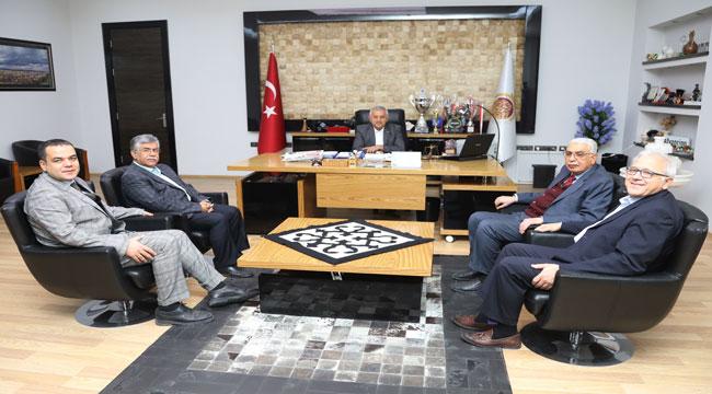 AFYON TÜRKELİ GAZETESİ'NDEN BELEDİYE BAŞKANI MEHMET ZEYBEK'E ZİYARET
