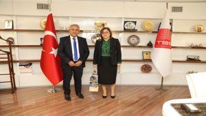 BAŞKAN ZEYBEK FATMA ŞAHİN'İ GASTRONOMİ FESTİVALİ'NE DAVET ETTİ