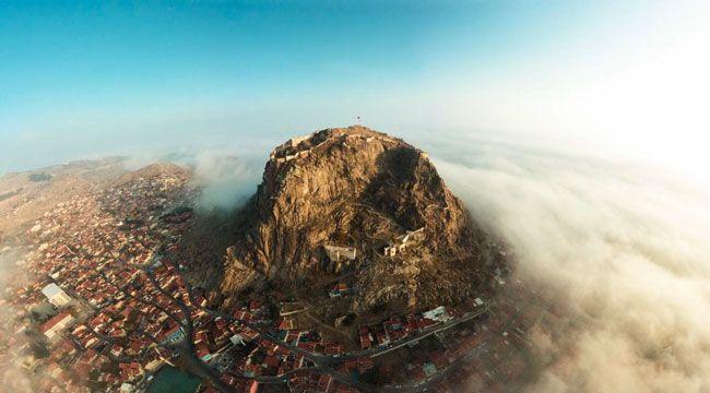 """ÇAĞRI SELEK'İN """"AFYON KALESİ"""" FOTOĞRAFI BÜYÜLEDİ"""