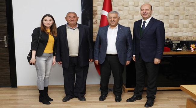RECEP BOZKURT ZEYBEK'İ MAKAMINDA ZİYARET ETTİ