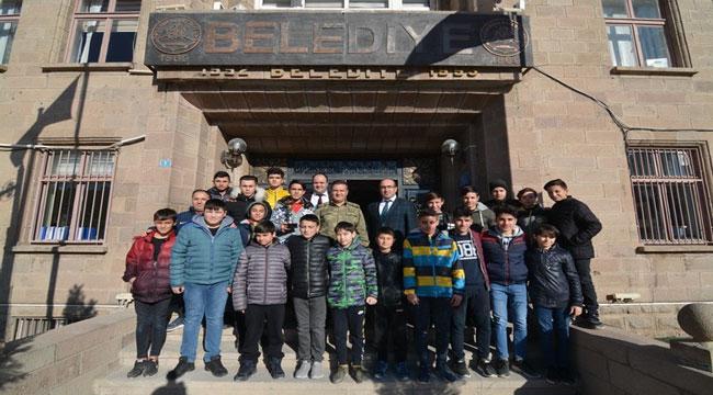 TUĞGENERAL OSMAN ALP'DEN BAŞKAN ÇÖL'E ZİYARET
