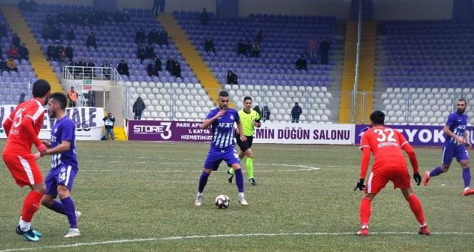 AFJET AFYONSPOR, PENDİKSPOR'U 2-0 MAĞLUP ETTİ