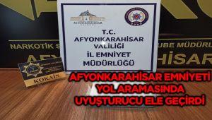 YOL ARAMASINDA 1 KİLO 50 GRAM KOKAİN ELE GEÇİRİLDİ