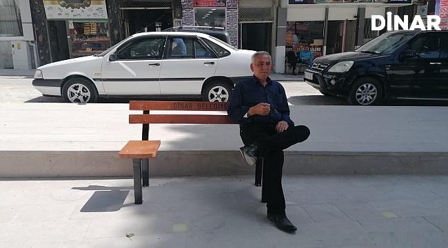 MEYDANA SOSYAL MESAFELİ BANKLAR!..