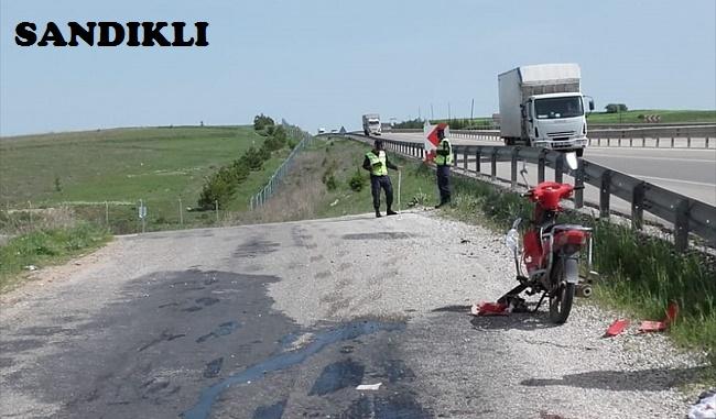 SANDIKLI'DA MOTOSİKLET KAZASI, 1 KİŞİ VEFAT ETTİ