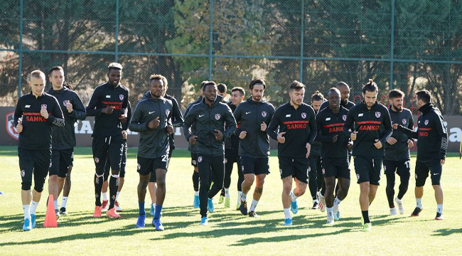 GAZİANTEP FK KAMP İÇİN ROTAYI AFYONKARAHİSAR'A ÇEVİRDİ
