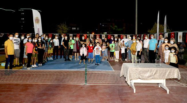 PİCKLEBALL TÜRKİYE'DE İLK DEFA AFYONKARAHİSAR'DA OYNANDI