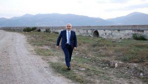 BAKAN KARAİSMAİLOĞLU, AFYON'DA TARİHİ KÖPRÜYÜ İNCELEDİ