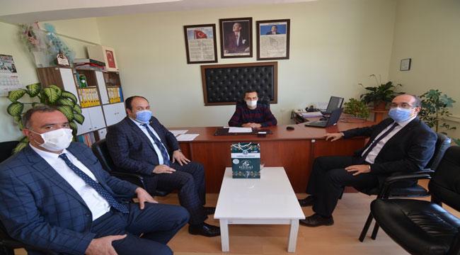 BAŞKAN MUSTAFA ÇÖL'DEN 75. YIL İLKOKULU'NA ZİYARET