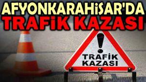 DİNAR'DA TRAFİK KAZASI, 4 YARALI
