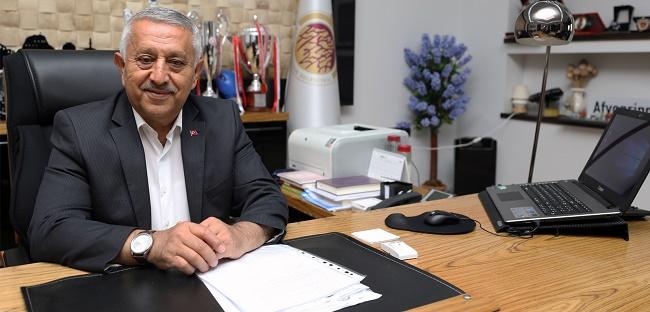 Başkan Zeybek'in yeni yıl mesajı