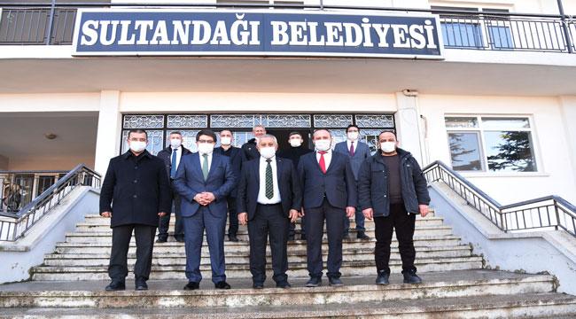 Başkan Zeybek Sultandağı'nda