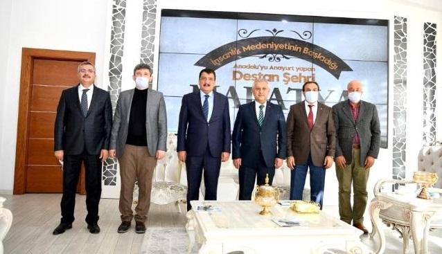 Başkan Zeybek ve ekibi Malatya'da