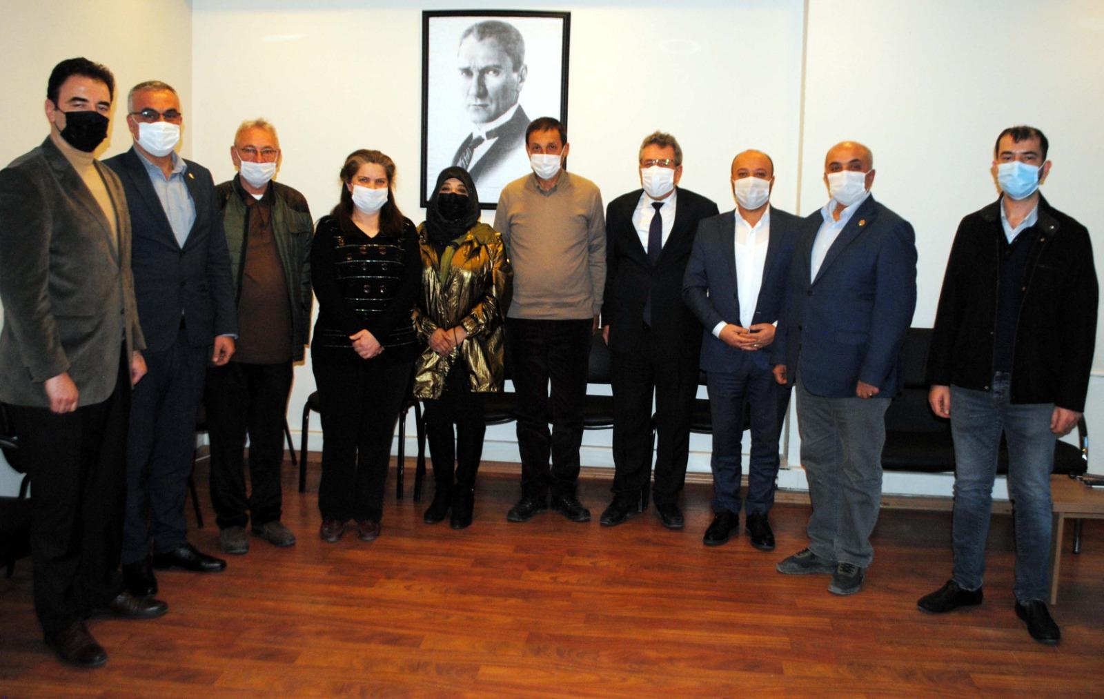 CHP'li Belediye Başkanları Basın Yayın Derneğinde