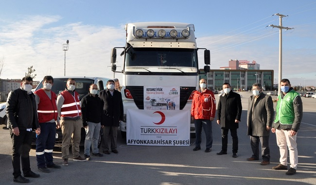STK Kızılay işbirliği ile Suriye'ye bir yardım tırı daha