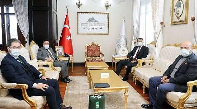 Kütahya Valisi Ali Çelik'ten Vali Çiçek'e ziyaret