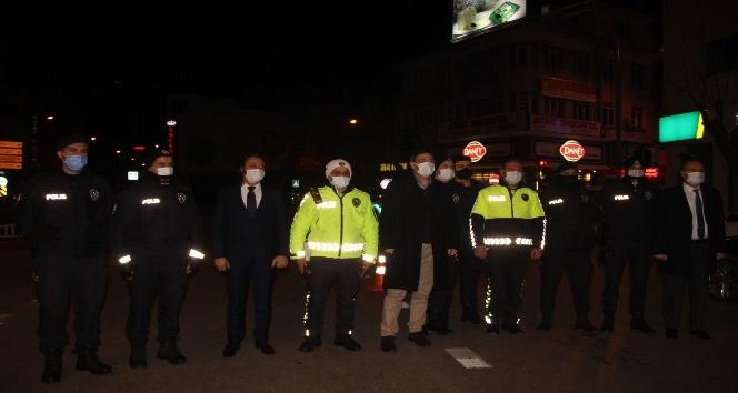 Afyon'da 400 polis, görev başında yeni yıla girdi!..