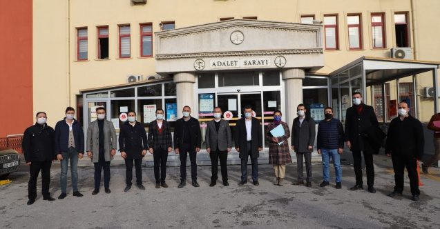 AK Parti'den üç isme suç duyurusu
