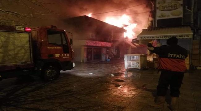 Bolvadin çarşıda büyük yangın