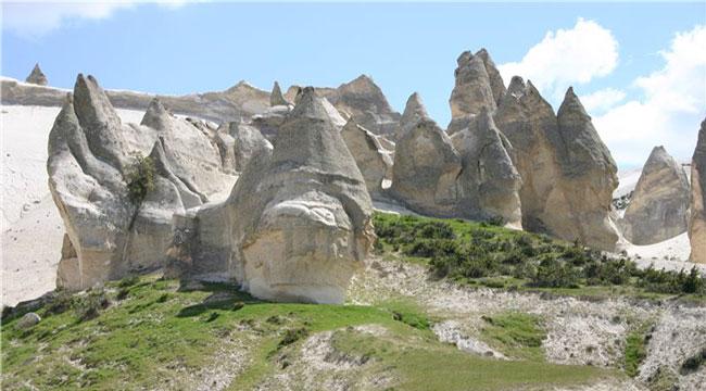 Ege'nin Kapadokyası: Seydiler Beldesi ve Peribacaları