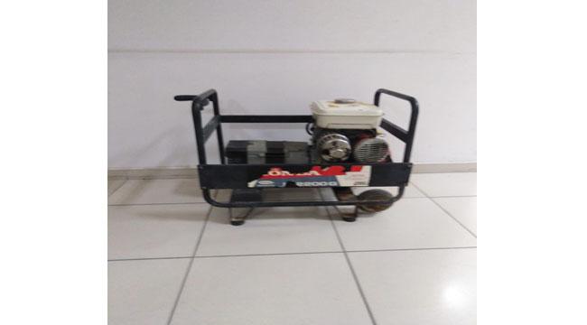 Jeneratör ve çim biçme makinesi çalan şahıslar yakalandı