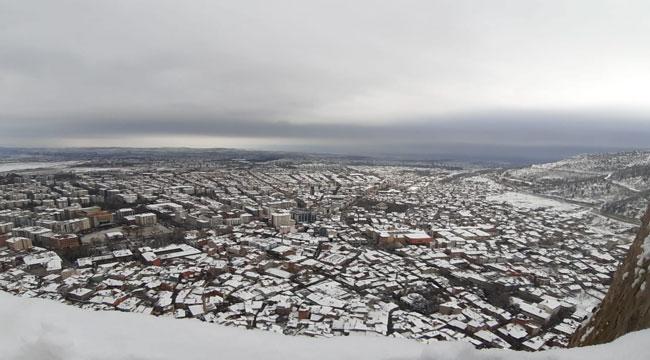 Kazakistanlı öğrenci, kaleye çıkmak için Afyon'a geldi