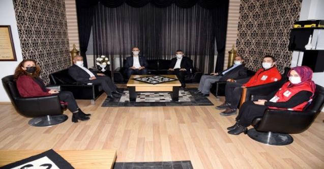 Kızılay'dan Başkan Zeybek'e ziyaret