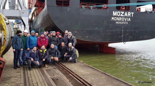 Nijerya açıklarında kaçırılan geminin 1. Kaptanı Afyonlu Mustafa Kaya!..