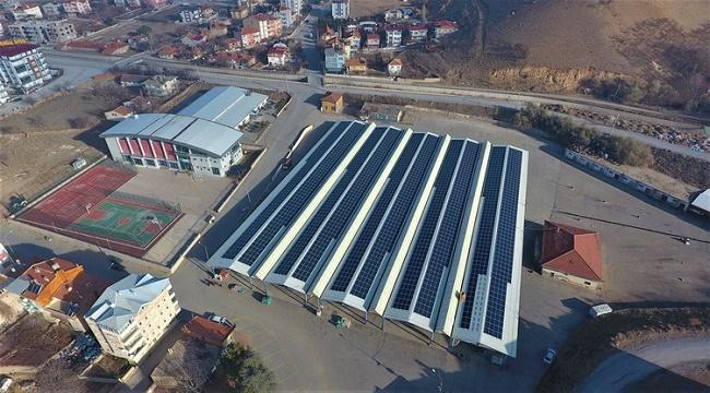 Sandıklı'da kapalı pazar yeri çatısına kurulan GES, yüzde 25 katkı sağlayacak!..