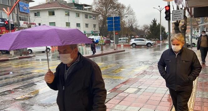 Yağmurlu sabah vatandaşı mutlu etti