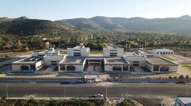 Yeni İl Emniyet Müdürlüğü binası inşaatında sona gelindi