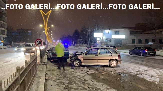 Afyon'da gece boyu bir çok yerde kaza oldu!..