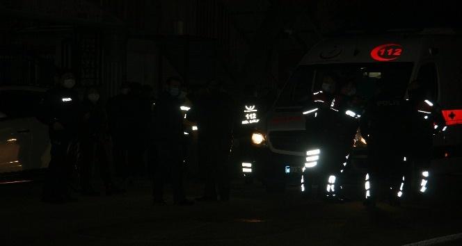 Afyon son dakika... Boğazı kesilmiş şahıs yerde yatıyor ihbarına giden polis bakın ne ile karşılaştı