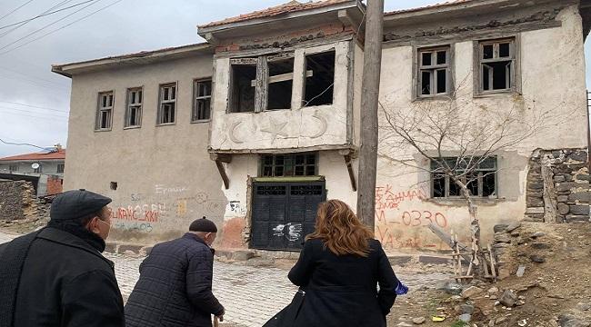 İscehisar Konarı Köyündeki Atatürk'ün karargahı bakımsızlıktan yıkılıyor