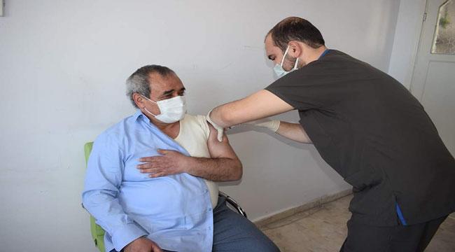 Başkan Şahin Covid-19 aşısı oldu