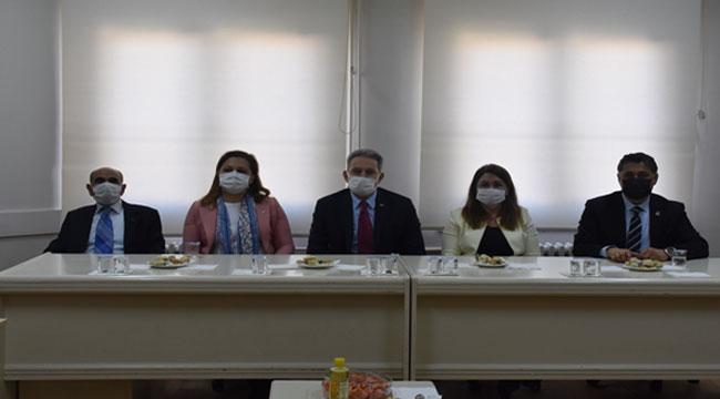 CHP Genel Başkan Yardımcısı Karaca, Afyon'da ziyaretlerde bulundu