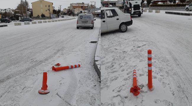 Trafik dubalarını kıranlara belediye tepki gösterdi